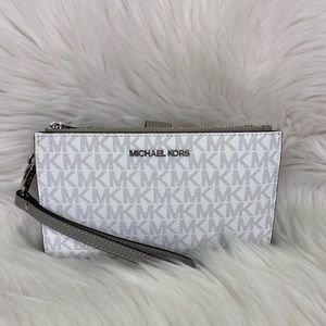 🤍 Michael Kors 🤍 Double ZIP Wristlet / Wallet